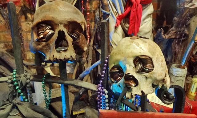 voodoo-skeletons