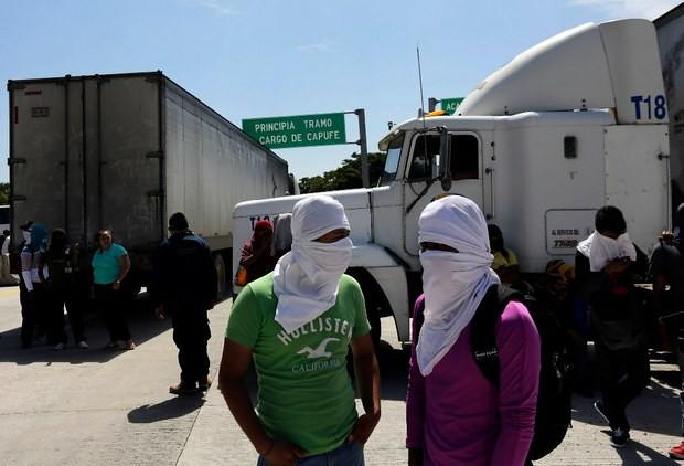 Bloqueo por Ayotzinapa