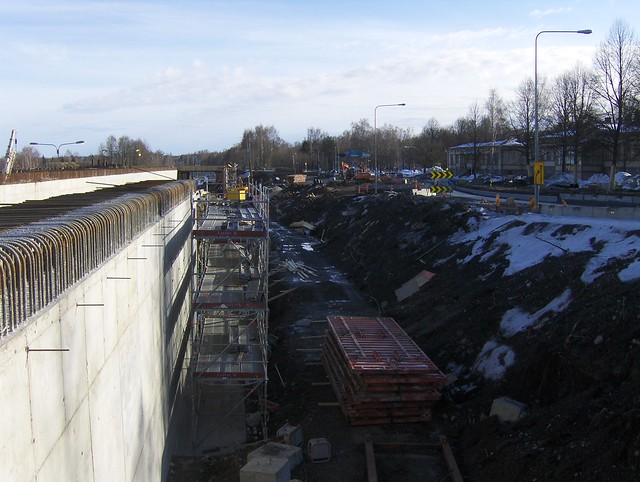 Hämeenlinnan moottoritiekate ja Goodman-kauppakeskus: Työmaatilanne 18.3.2012 - kuva 7