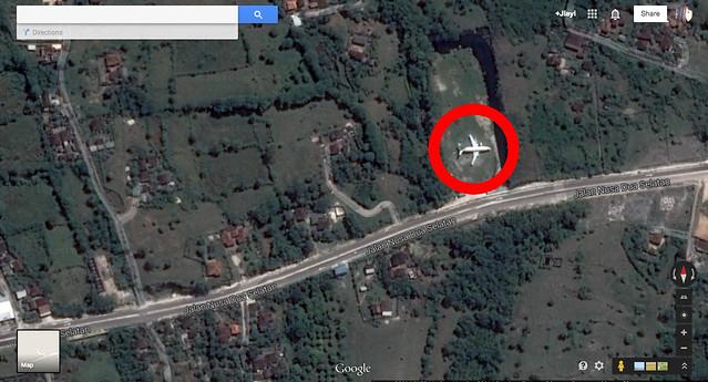 abandonedplane2-viaGoogleMaps