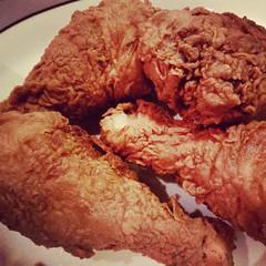 roast beef(0.0), fried food(1.0), meat(1.0), tandoori chicken(1.0), food(1.0), crispy fried chicken(1.0), dish(1.0), cuisine(1.0), fried chicken(1.0),