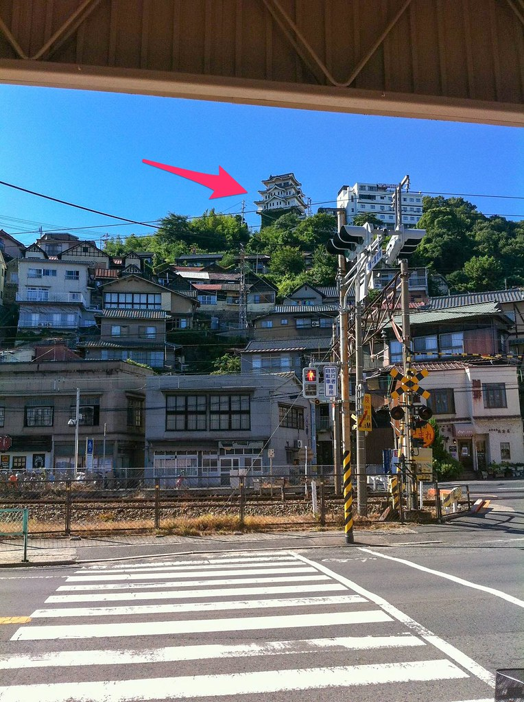 遠くから見た尾道城