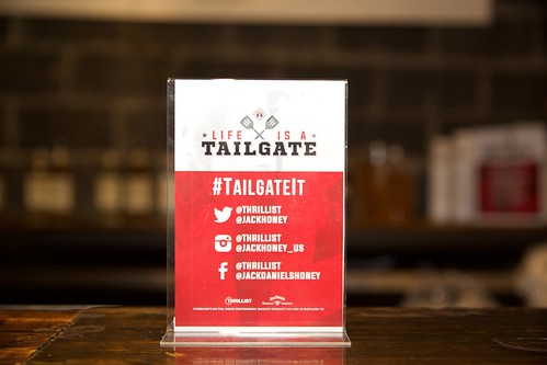 Life is a Tailgate Sign