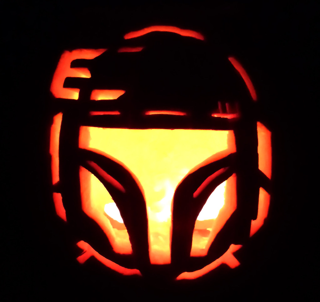 "The 2nd Annual "" TIG STAR WARS PUMPKIN CARVING CONTEST "" begins ... - Page 2 15585012051_087fc377f9_b"