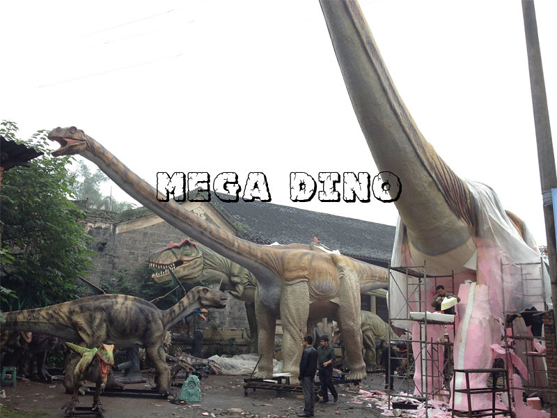 Huge Animatronic Dinosaurs
