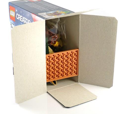 LEGO 40106 Toy Workshop box03