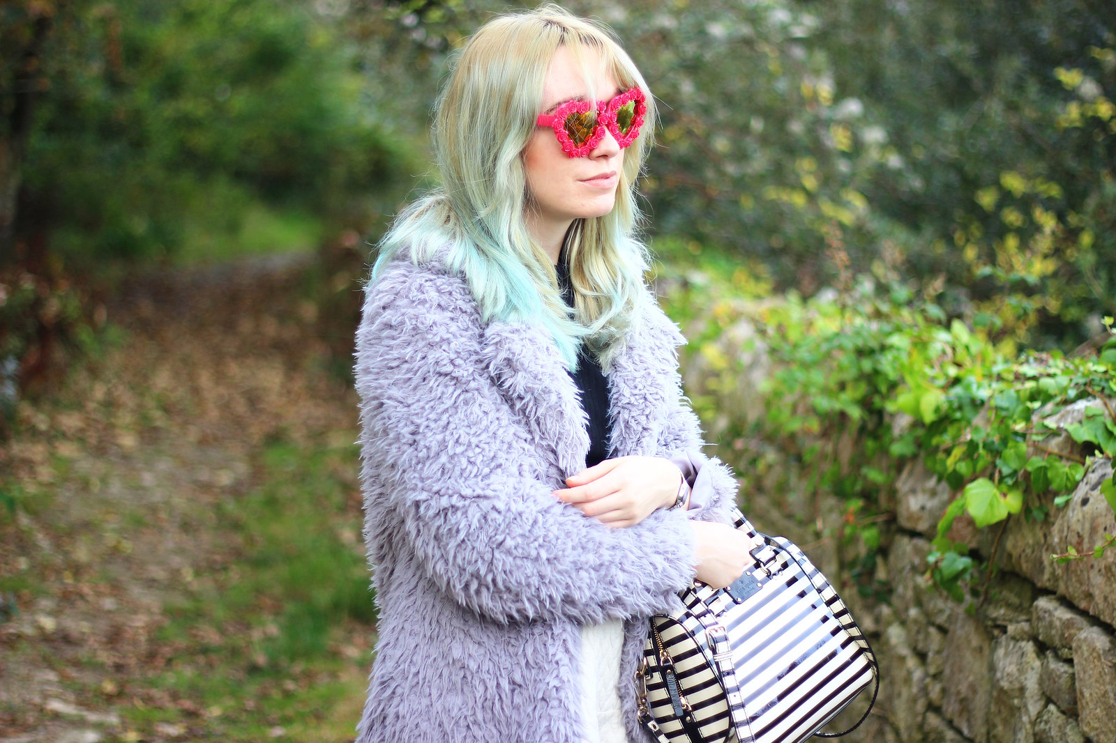 6heartglasses, pastel hair blogger, heart shaped sunglasses, style