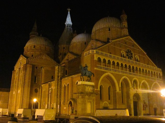 Saint Anthony's Basilica at Night