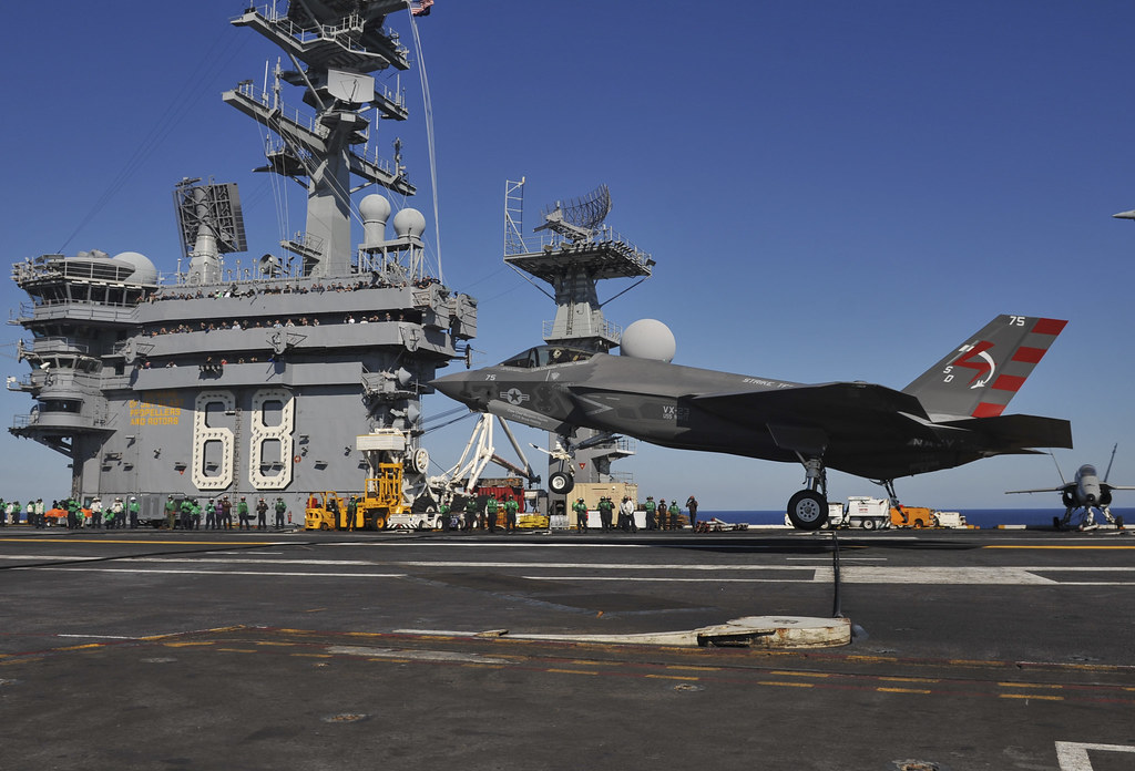 Will the F35 Lightning II be the Next Thunderbirds Jet
