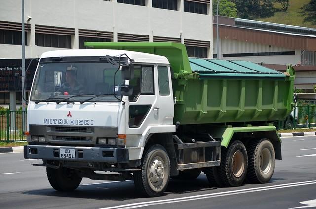 Mitsubishi Fuso The Great FV415K Tipper Truck