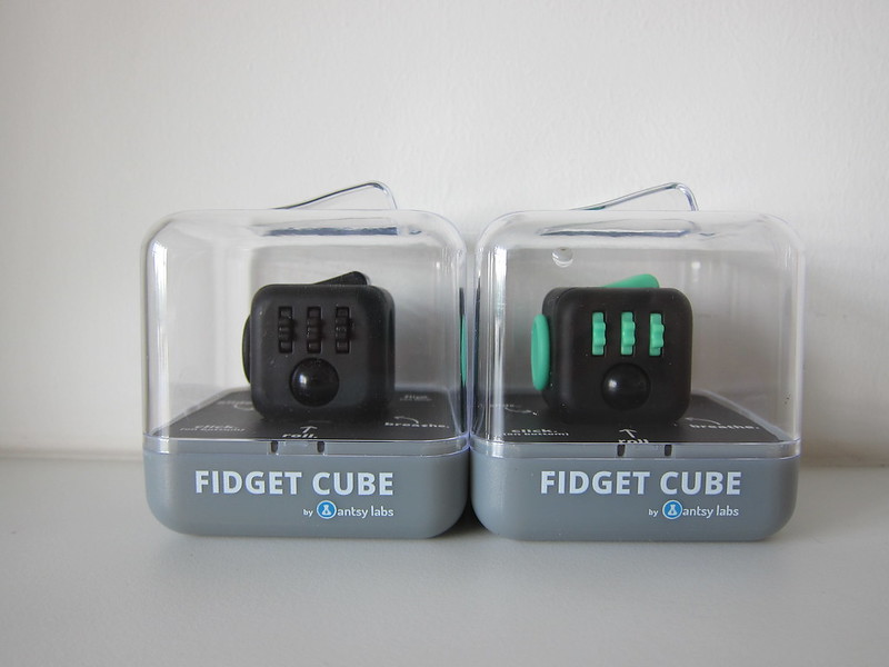 Fidget Cube - Green/Black and Midnight Black - Box Front