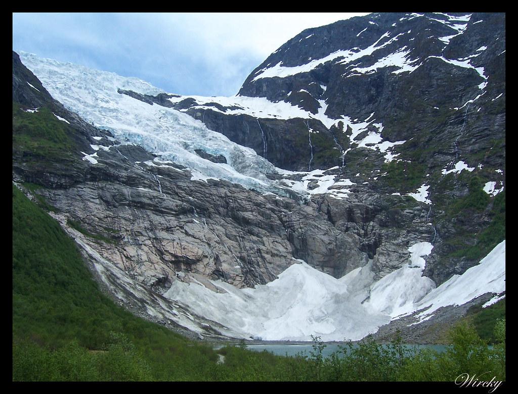 Fiordos noruegos glaciar Boyabreen túnel de Laerdal tren de Flam - Glaciar Boyabreen