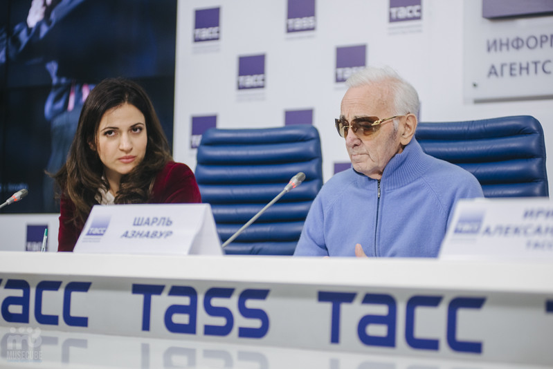 Шарль Азнавур пресс-конференция ТАСС (11)