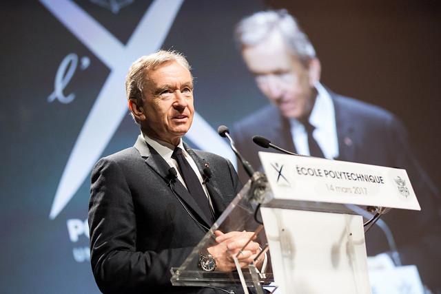 """Conférence à l'Ecole polytechnique de Bernard Arnault  """"LVMH, la construction d'un leader mondial Français"""""""
