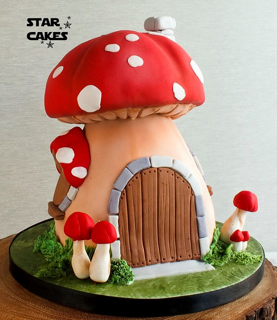 Cake by Star Cakes