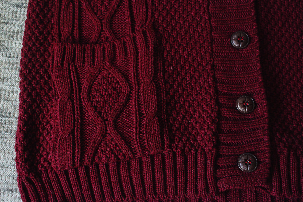 burgundy-red-cardigan-with-pockets