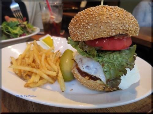 Photo:2014-09-29_ハンバーガーログブック_【芝公園】VASHON-SEATTLE'S BEST COFFEE シアトル系コーヒー店と思いきや本格ハンバーガーも楽しめます!_02 By:logtaka