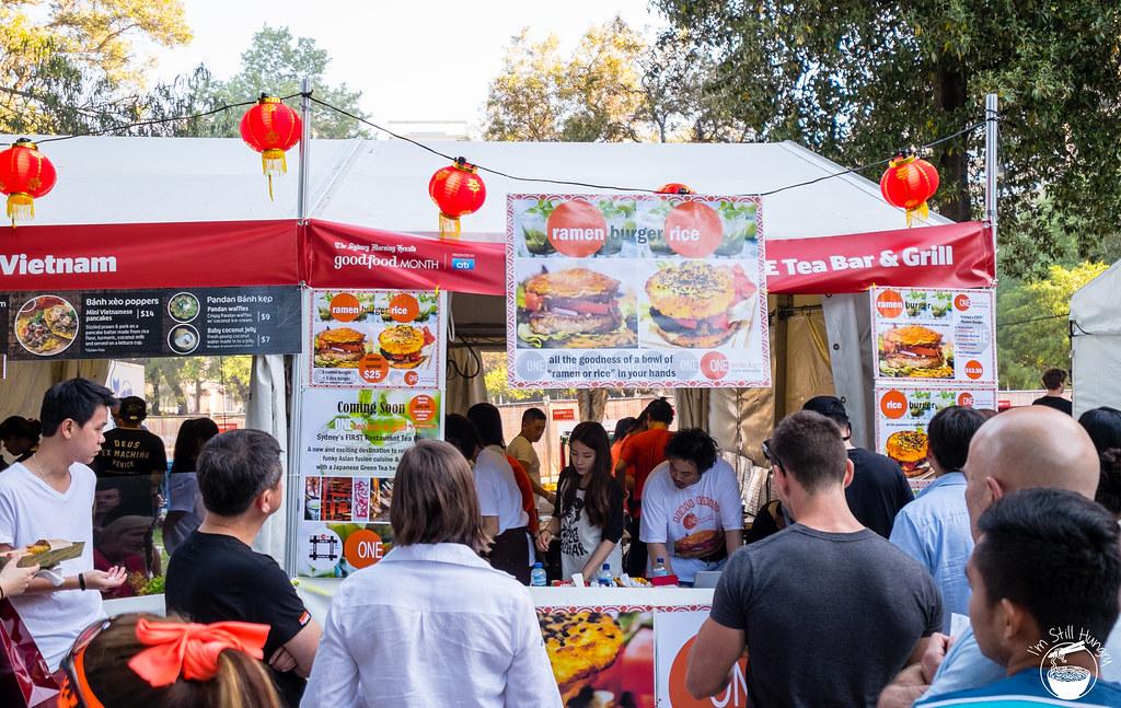 Rice/ramen burger Night Noodle Markets