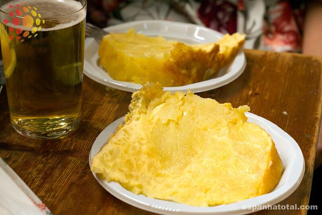 tapas típicas de Madri: pincho de tortilla