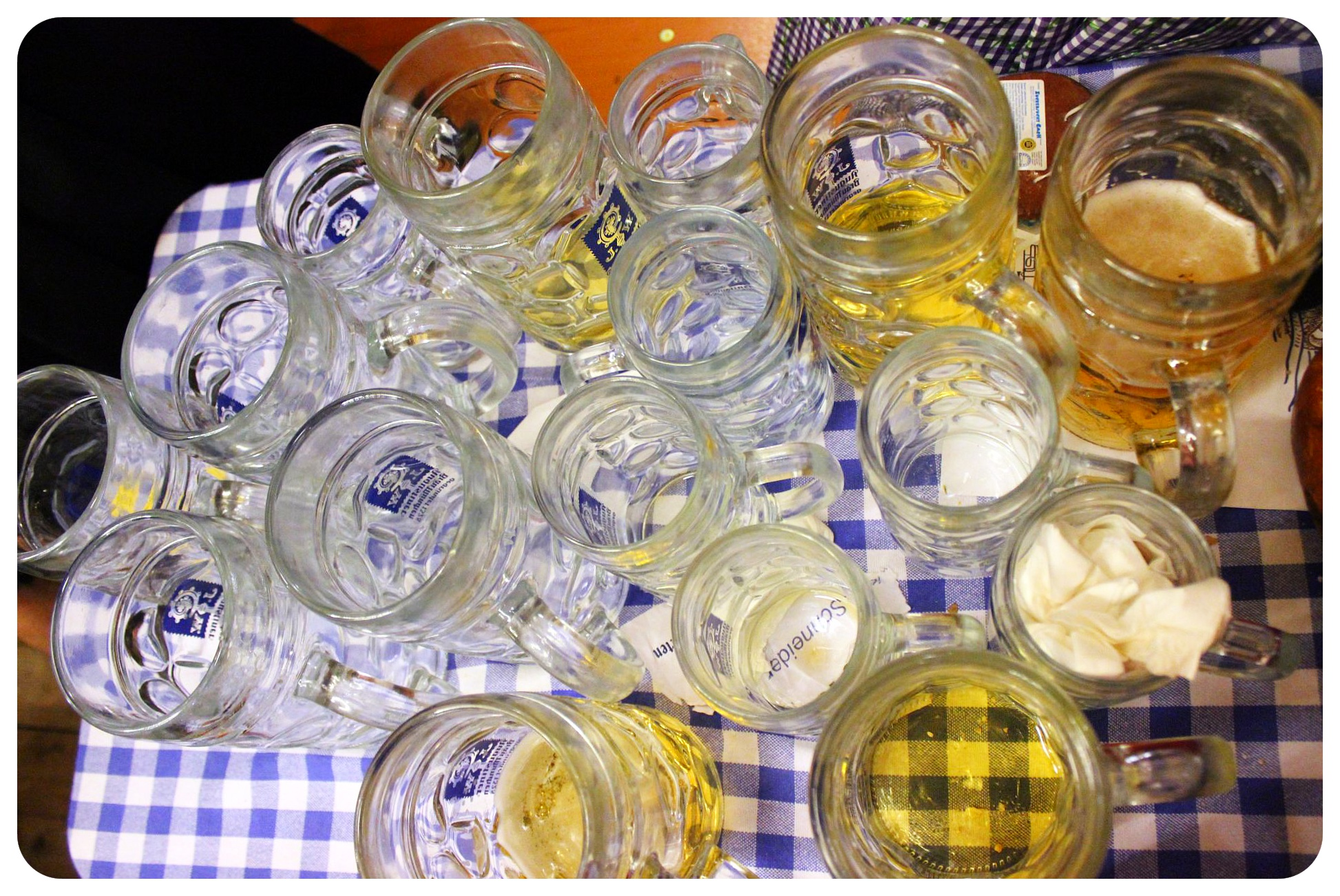 oktoberfest beer glasses munich
