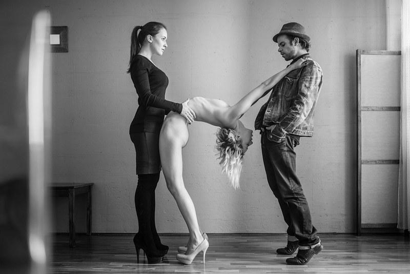 Разел русскую девушку на сыкс 20 фотография
