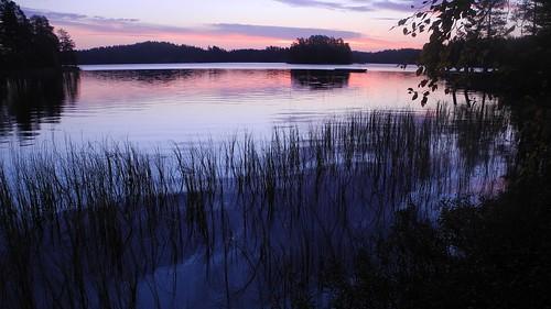 morning autumn lake sunrise finland geotagged september bluehour es savonlinna 2014 eteläsavo tanhuvaara suurijärvi 201409 20140928 geo:lat=6180916010 geo:lon=2907681942 tanhuvaaranurheiluopisto