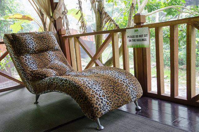 Leopard relaxing chair