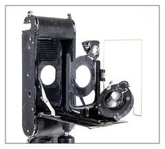 Meyer Anastigmat Trioplan 1:4.5 F = 12cm (1931; fixed lens Certo Certonet XIV 6,5x11 folder)