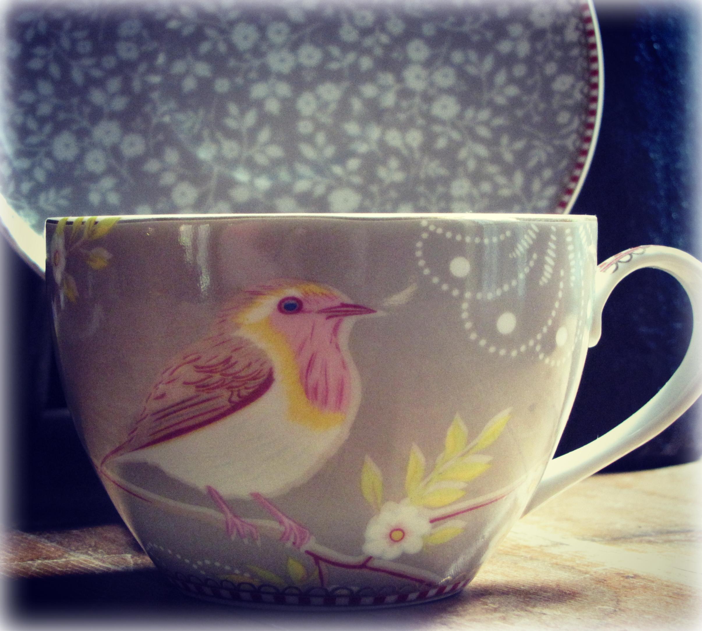 Khaki Bird