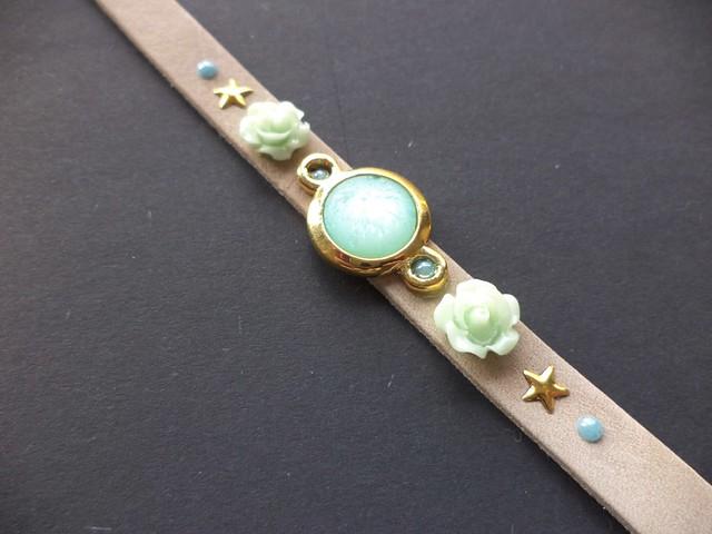 Prachtige armband van Imladris Creative. €11,95 via Etsy.