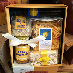 Carluccios lemon gift box IMG_2131 R