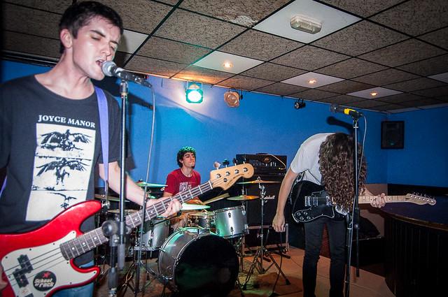Pura Vida en la Sala Arena de Torrelavega, el 31 de Octubre de 2014.