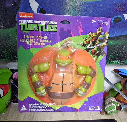 "GEMMY :: Nickelodeon  TEENAGE MUTANT NINJA TURTLES;  ""MICHELANGELO""  PUMPKIN PUSH-IN DECORATING KIT ii  (( 2014 ))"