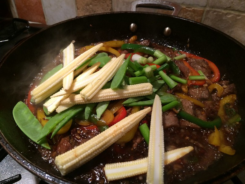 Sizzling Beef Teriyaki : Add the sweetcorn and spring onion
