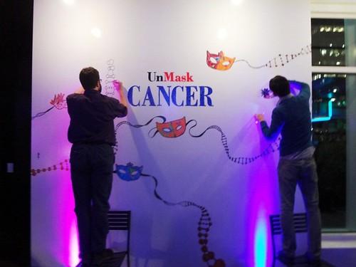 Unmask Cancer by Socially Superlative (8)