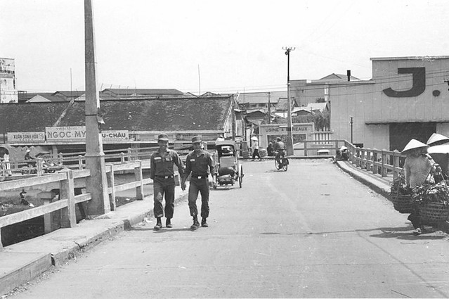 SAIGON 1965-66 - Cầu Ông Lãnh
