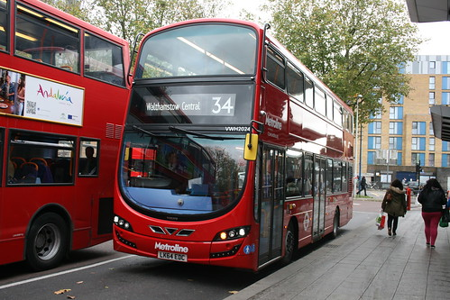 Metroline VW2024 on Route 34, Walthamstow Central