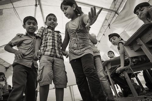 MRE to Syrian refugees in Northern Iraq © Sean Sutton, CMC, MAG