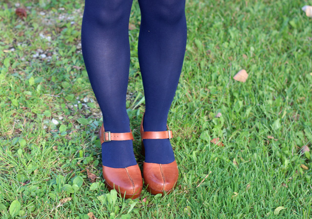 Navy Blue Tights with Brown Clogs