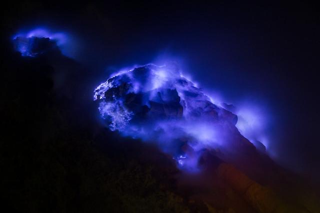 Blue fire at Kawah Ijen - Stéphane DAMOUR