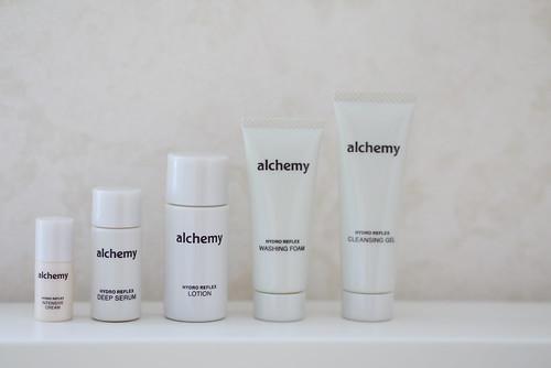 アルケミー 化粧水