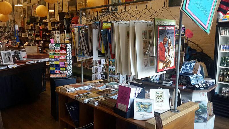 Посещение книжного магазина в Оксфорде (Миссиссипи)