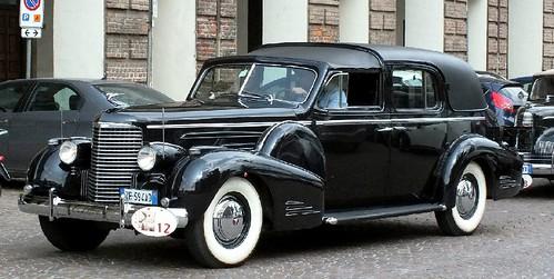 Cadillac V16 coupé de ville