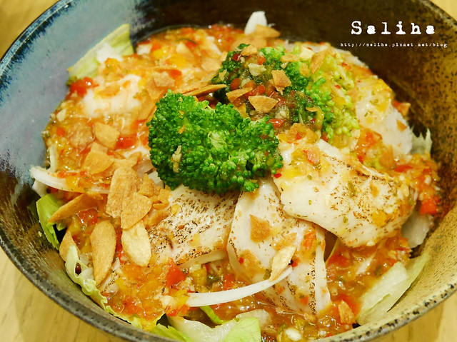 負55生魚片丼 (3)