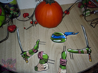 "PTI Group :: Nickelodeon  TEENAGE MUTANT NINJA TURTLES;  ""LEONARDO""  PUMPKIN PUSH-INS iv  (( 2014 ))"
