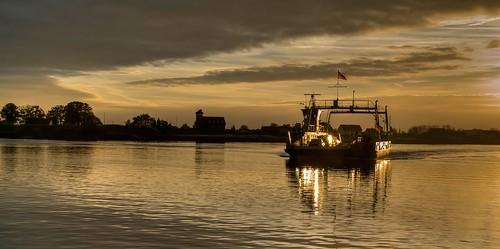 sunset ferry germany sonnenuntergang elke elbe körner zollenspieker körnchen elbfähre hoopte pentaxk7