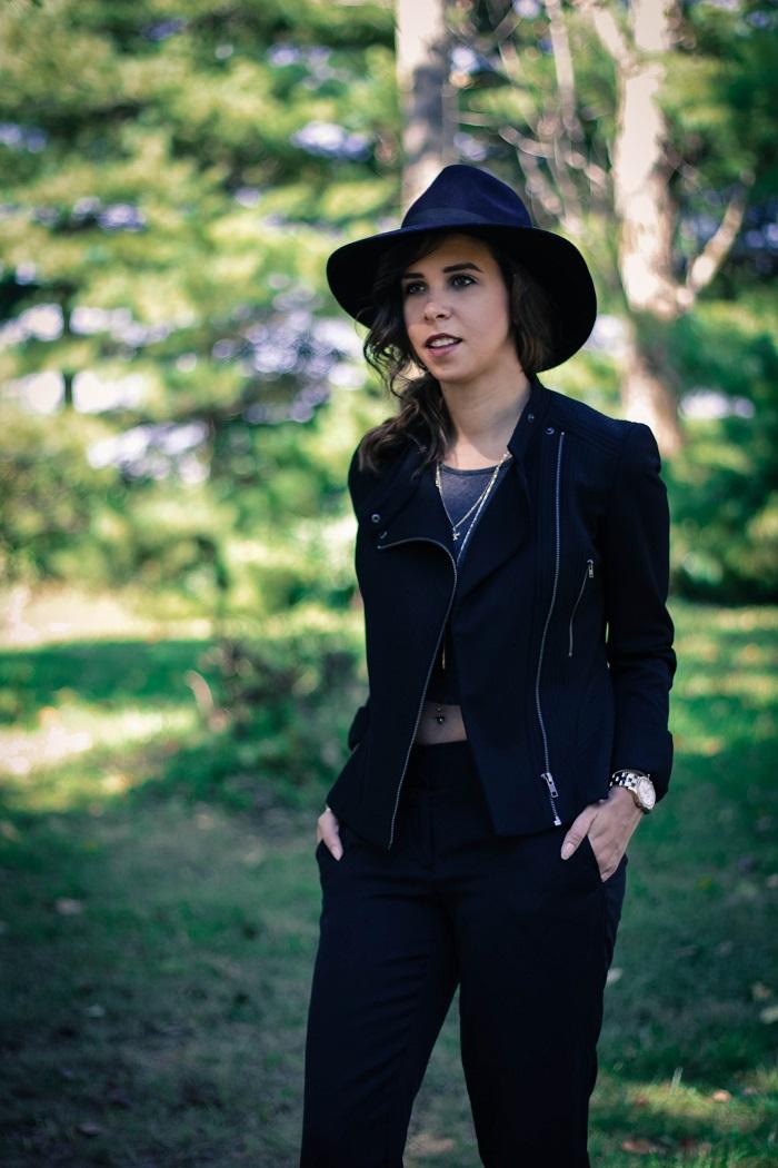 black moto jacket. cigerette pants. strappy heeled sandals. fall hat. fall style. va darling. andréa viza. dc blog. dc blogger. dc fashion. 1