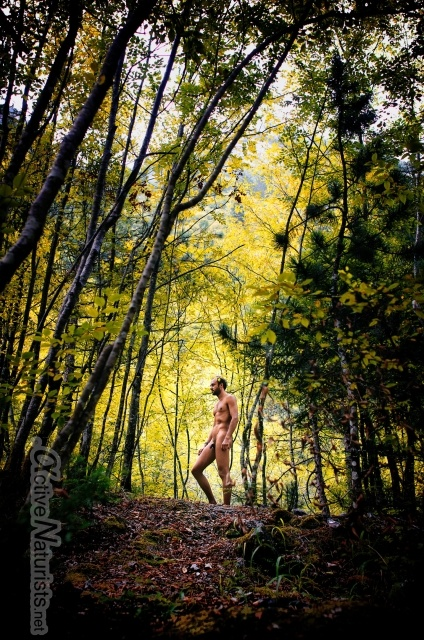 naturist 0007 E4 trail, Mount Olympus, Greece