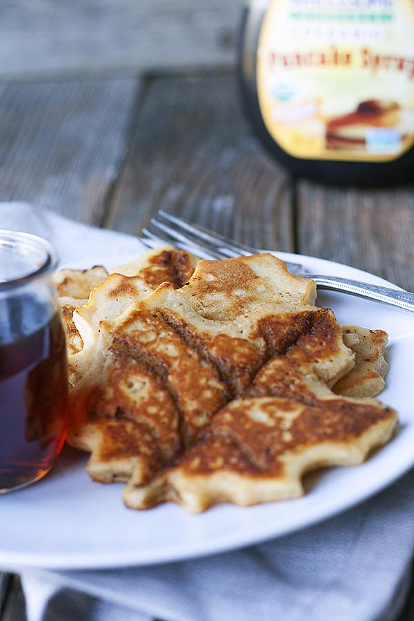 cinnamon roll maple leaf pancakes
