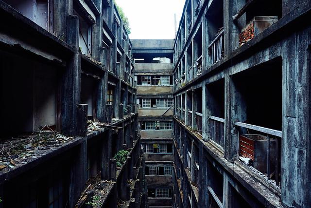 兵庫県三田市の廃墟(旧診療所跡地)で ...